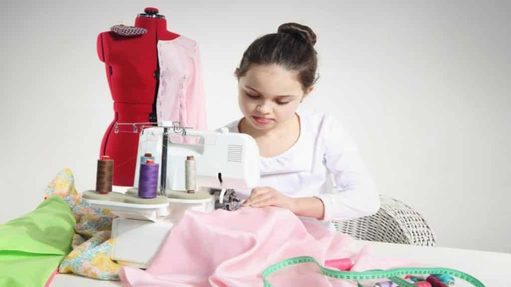 Best Singer Sewing Machine for Kids