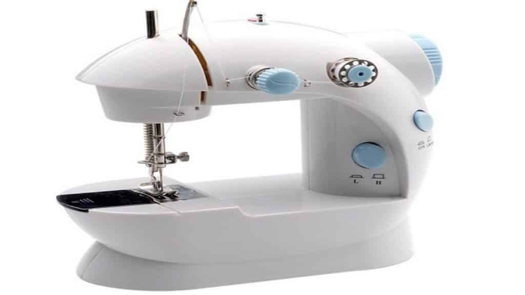 Lil miss sew & sew sewing machine